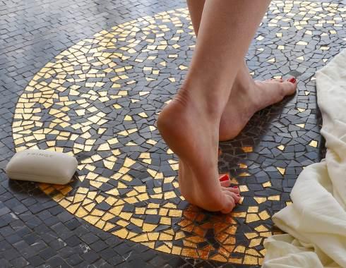 Floor Tile Patterns Designed To Knock